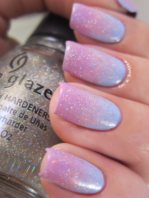 gemsinabottle:  Check out more pics of this cute mani on Gems in a Bottle! Natalie <3