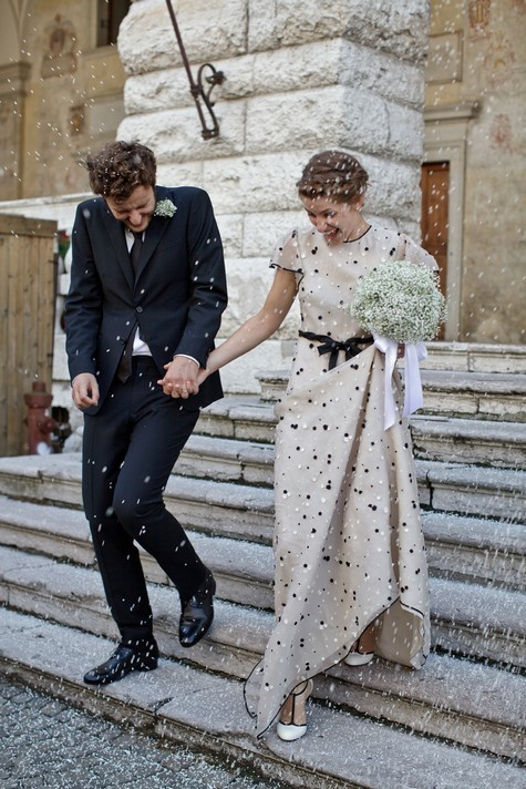 oomydarling:  love this bride in Valentino!