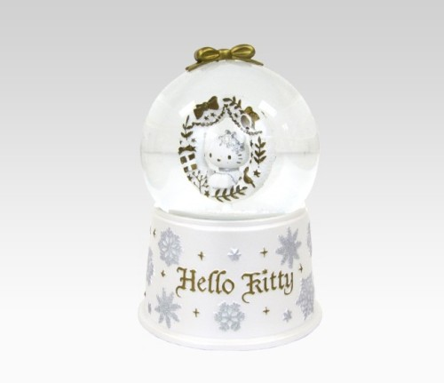 Hello Kitty Musical Snowflake Snow Globe