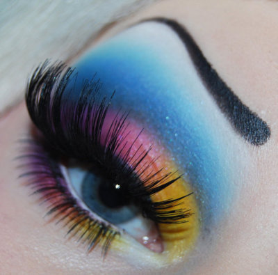 this eye makeup rocks!