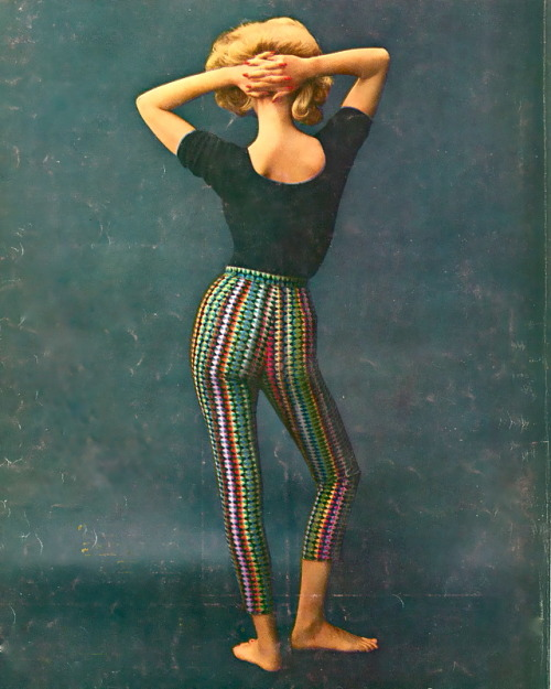 theswingingsixties:  Fashion for Vogue, 1960.