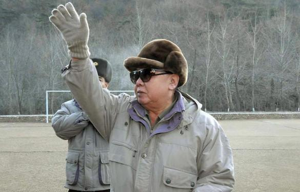 North Korea's Kim Jong Il dead - The North Korean ruler who realized his family's dream of turning his starving country into a minor nuclear-weapons power, has died at what is reported to be the age of 69.