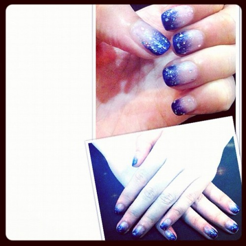 #christmas #nails #manicure #glitter :)  (Taken with instagram)