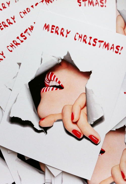 Hey guys, the Christmas cards are done! Tomorrow they will be sent to all the lovely people who have accompanied and supported me on my first steps as a freelance photographer =) Thank you very much for it guys! And thanks to PRINTAHOLICS.COM who have made the cards so quickly! xo your Sophie♡