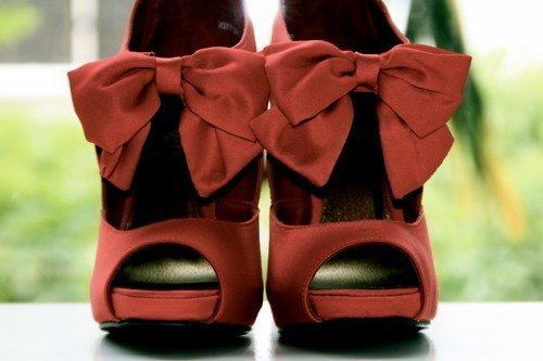 ~~ Keep calm and wear bows ~~ on We Heart It. http://weheartit.com/entry/19631453