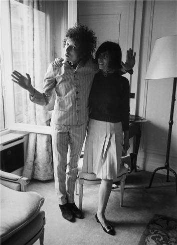 Bob Dylan with fan, Paris, France, 1966