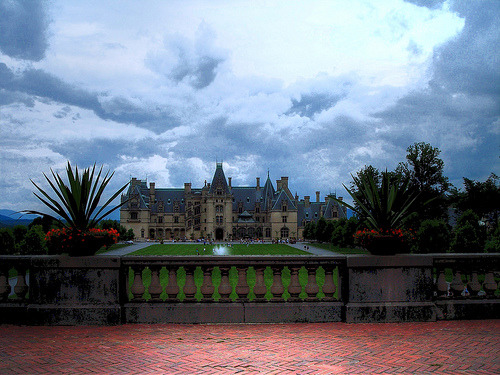 50statesofamerica:  Biltmore Mansion, Asheville North Carolina (by ggarner)