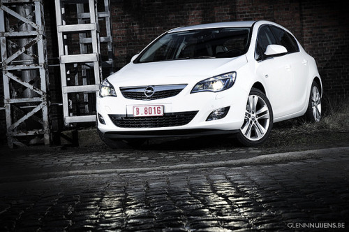2010 Opel Astra 1.6 Turbo by Glenn Nuijens - Photography on Flickr.
