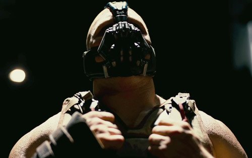 totalfilm:  Full The Dark Knight Rises trailer online The first full trailer for The Dark Knight Rises has hit the net, and it's everything you wanted and more…  Ser ju faktiskt helt ok ut…