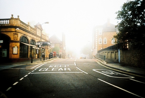 8:50am (by 1nng on Lomography)