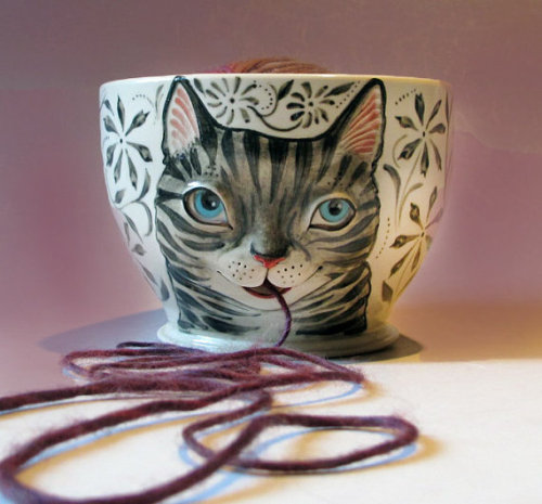 undercoverdyke:  (via Tabby Cat Yarn Bowl White stoneware with sculpted by MaidOfClay )