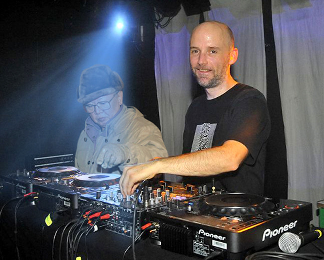kimjongildroppingthebass:  kim droppin' with moby