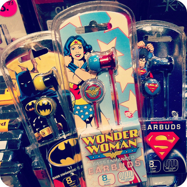 bettyfelon:  Last-minute gift idea: DC Comics earbuds ($16.99 each, Newbury Comics).