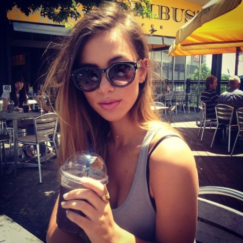 studded-shorts:  i swear this girl is the most beautiful girl!!