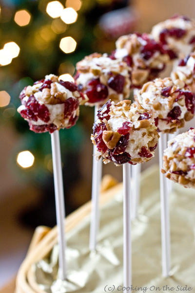 gastrogirl:  cheese ball pops.