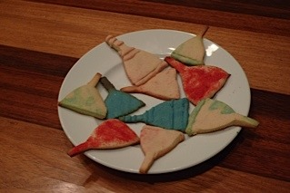 lunettecup:  Menstrual cup shaped cookies for the holidays  These are so fucking cool! WANT! :D