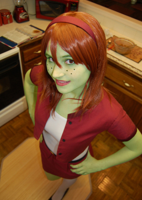 Miss Martian cosplay from Young Justice