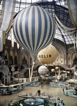 lavelaundry:  The first air show at the Grand Palais in Paris, France. September 30th, 1909. Photographed in Autochrome Lumière by Léon Gimpel.