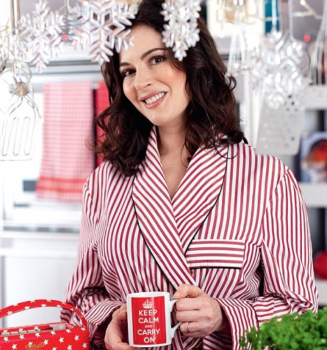 Addicted to Nigella Lawson's Christmas episodes. Actually just addicted to all Nigella Lawson episodes. ACTUALLY just addicted to Nigella Lawson.