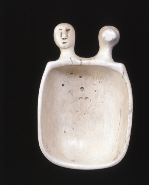 suchasensualdestroyer:  Point Hope Inuit (Alaska), Spoon, ivory, c. 1860.