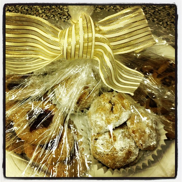 Vegan cookies are ready for delivery: Peanut Butter Pecan Bites, Raspberry Jam Thumbprint Cookies and Chocolate Chip Cookies.  I like this holiday tradition!