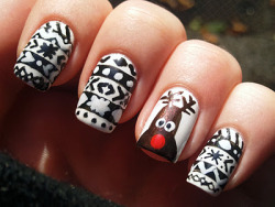 fuckyeahnailart:  (via Spektor's Nails: NOTD: Rudolph The Red-Nosed Reindeer)