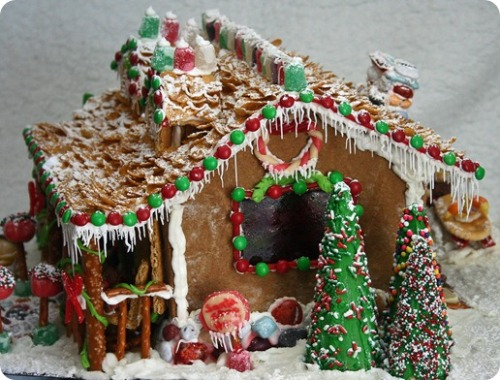 I have no idea where to go with our gingerbread house, but am thinking something CARAZZZbawls like this one. LOL. :) xo-Rodene