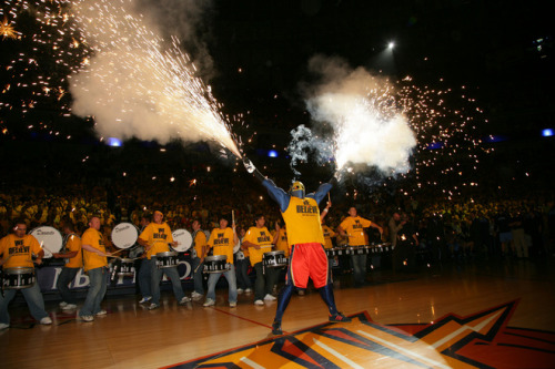 lovingbasketball:  We Believe - Bay Area, CA