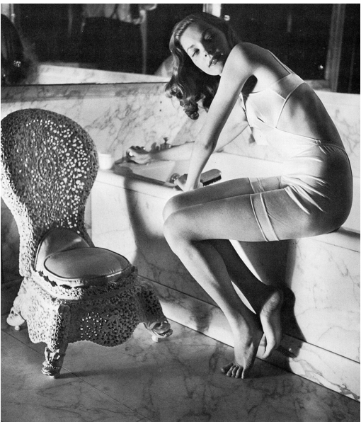 hollyhocksandtulips:    Lauren Bacall in Helena Rubenstein's bathroom. Photo by Louise Dahl-Wolfe,1942.