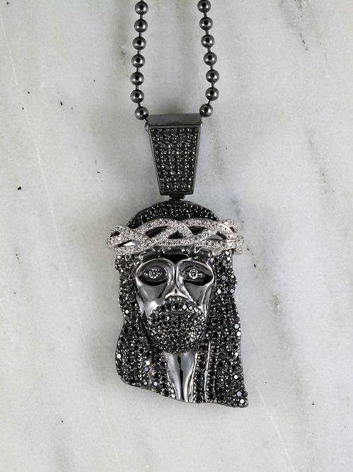 Not really into Jesus Pieces (or jewelry for that matter), but this one's kinda dope….