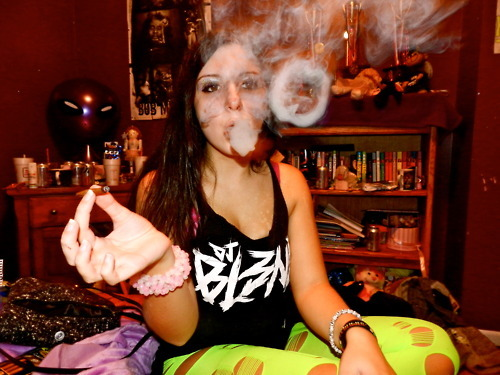 Submit Your Ganja Girl Photos HERE