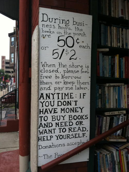 geeky-yogini:  The best bookstore ever.