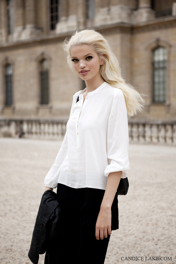 DAPHNE GROENVELD in Paris after Louis Vuitton SS12  CLICK HERE TO SEE MORE