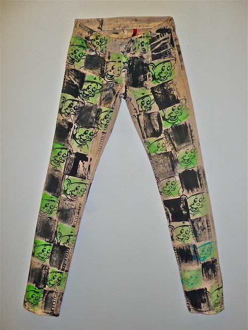 george13walters:  SCOOTER LAFORGE - HAND PAINTED JEANS (2011) Get yours while you still can. Click on the above image to jump to Scooter's website.