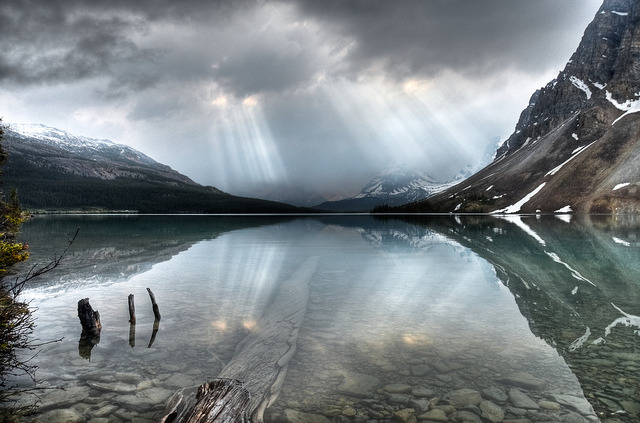 Bow Lake Sunrays on Flickr.A photo at Bow Lake off the Icefields Parkway in Alberta. This break in the clouds was short and rain quickly resumed.