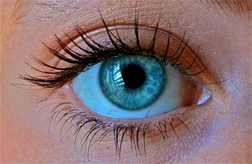 LOOK GUISE ITS MY EYE