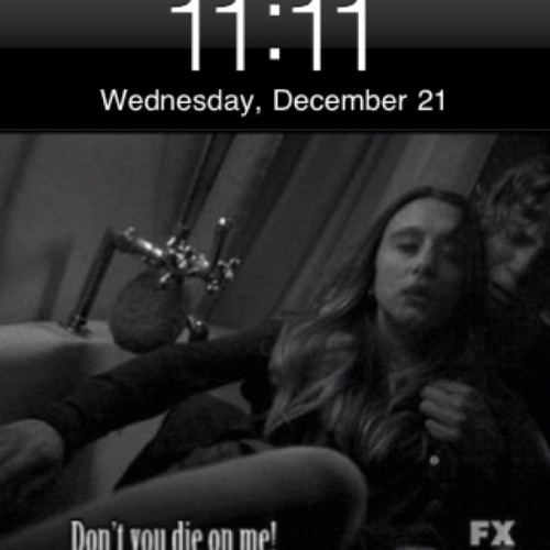 11:11 #11 #Tate #Langdon #Violet #Harmon #AHS #AmericanHorrorStory #MurderHouse #Love #Don't #you #die #on #me (Taken with instagram)