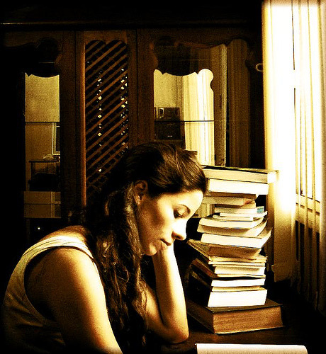 clubbing-books:</p> <p>And that's me, enslaved by the books (by AnnuskA  &#8211; AnnA Theodora)<br /> &#8221; />Found at <a href=