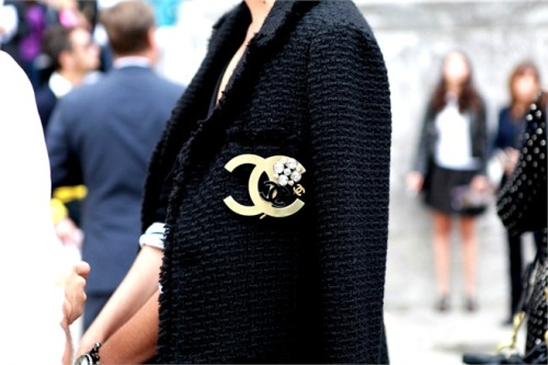 pointofblake:  Chanel Brooch