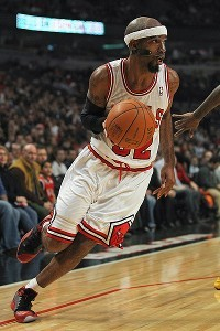 Richard Hamilton scored 13 points in his Bulls debut
