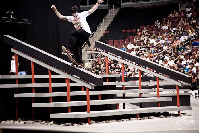 Chris Cole front blunt at Street League