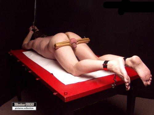 Femdoms bdsm execution scenes