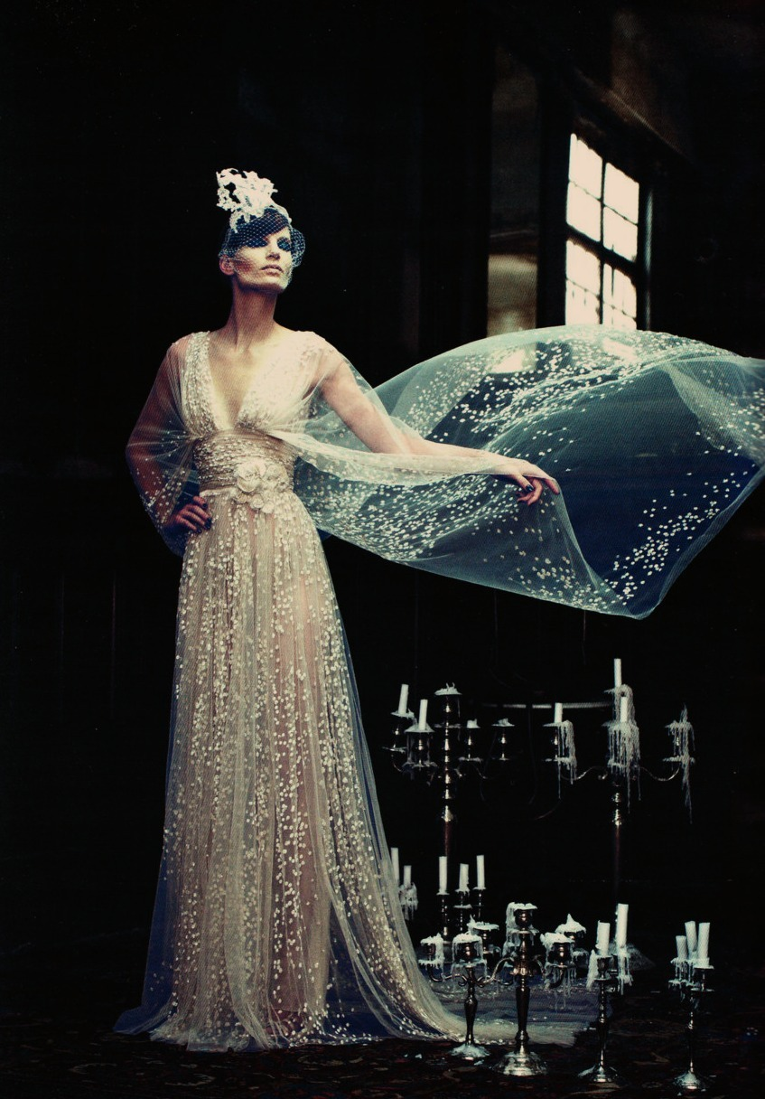 sedefisim:  Iris Strubegger | Elie Saab Fall 2011 Couture | Vogue Germany September 2011