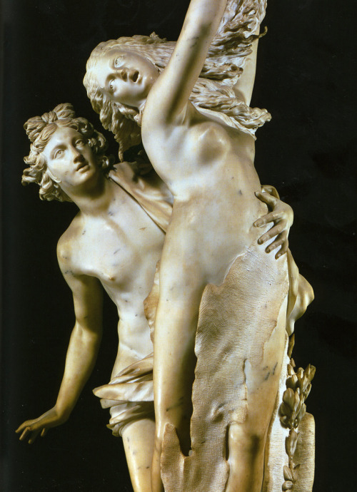 Gian Lorenzo Bernini, Apollo and Daphne, 1622-25