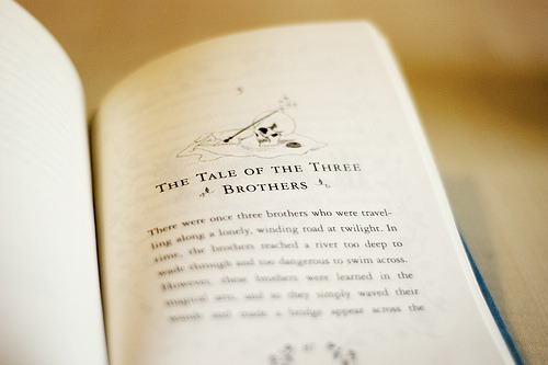 prettybooks:  (by Rebecca Jane)