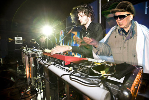 kimjongildroppingthebass:  droppin' hard with apparat