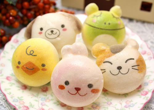 Cute animal sweeties To cute to eat <3