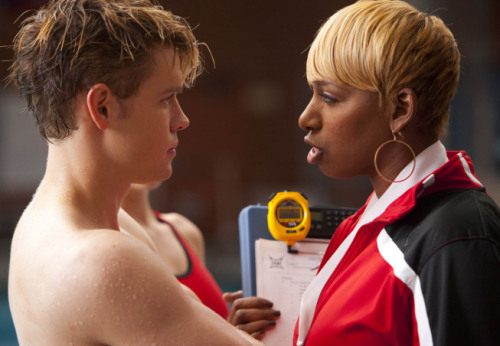 "Yup. NeNe Leakes on ""Glee."" More ""Glee"" promo pics."