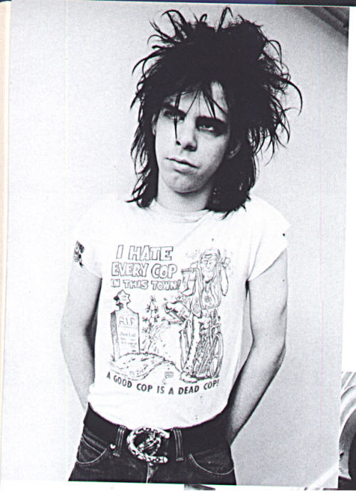 burnjoyfully:   desolateeverafter:  Birthday Party-era Nick Cave   I used to have a poster of this photo, & whenever I felt low I'd paw at it & feel better.  lol me too, i wonder what happened to it