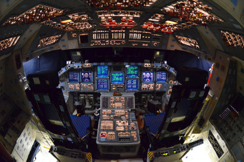 thisistheverge:  collectSPACE - news -  last look inside space shuttle Atlantis